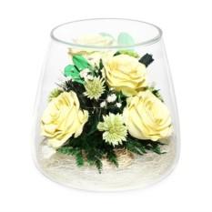 Цветочная композиция из кремовых роз