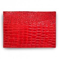 Красная обложка для паспорта из натуральной кожи