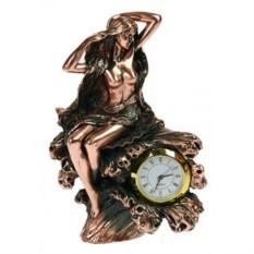 Часы настольные Девушка
