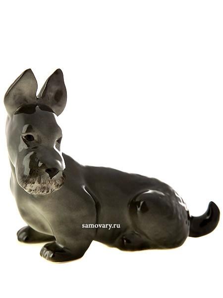 Фарфоровая скульптура Скотч-терьер