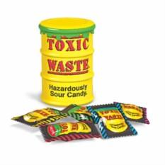 Самые кислые конфеты в мире Toxic waste candy