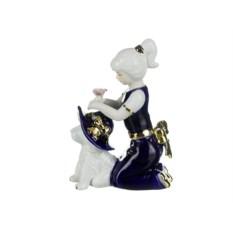 Статуэтка Девочка с собачкой в шляпе, высота 16 см