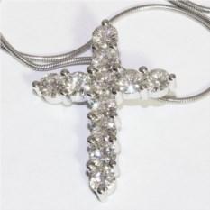 Крестик с камнями Crest (2,7 карата)
