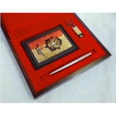 Набор из обложки на автодокументы, ручки Parker и флешки