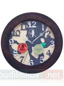 Настенные деревянные часы, в коричневой рамке