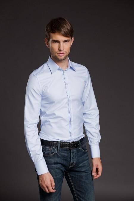 Мужская рубашка небесного цвета