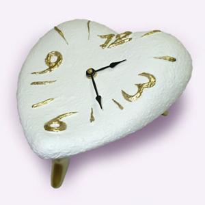 Часы Сердце (белые)