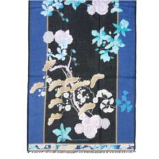 Яркий палантин в синих тонах с цветами Leonard