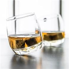 Покачивающиеся бокалы для виски