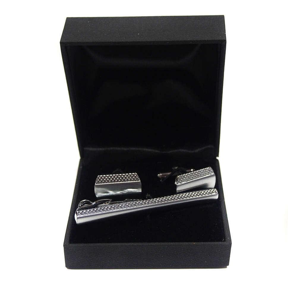 Запонки и зажим для галстука в подарочной коробке