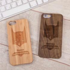 Деревянный чехол для iPhone Настоящий герой с гравировкой