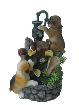 Фонтан Собаки у колодца с цветами и божьей коровкой