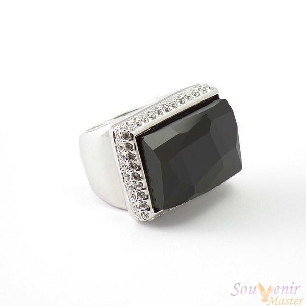 Кольцо с кристаллами Swarovski Космик