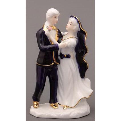 Фигурка фарфоровая «Влюблённая пара»