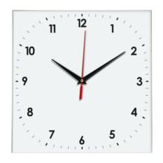 Настенные квадратные часы с мелкими цифрами