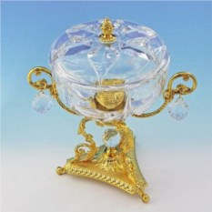 Позолоченная ваза для конфет с крышкой