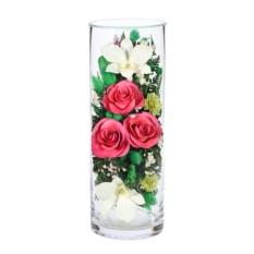 Композиция из розовых роз и белых орхидей