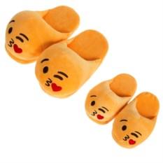 Тапочки Emoji Kiss