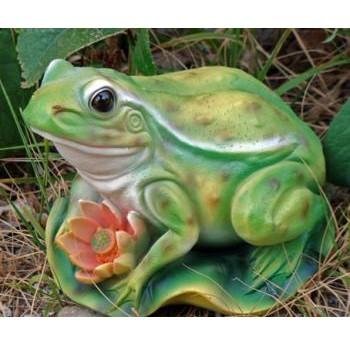 Садовая фигурка Лягушка на лотосе