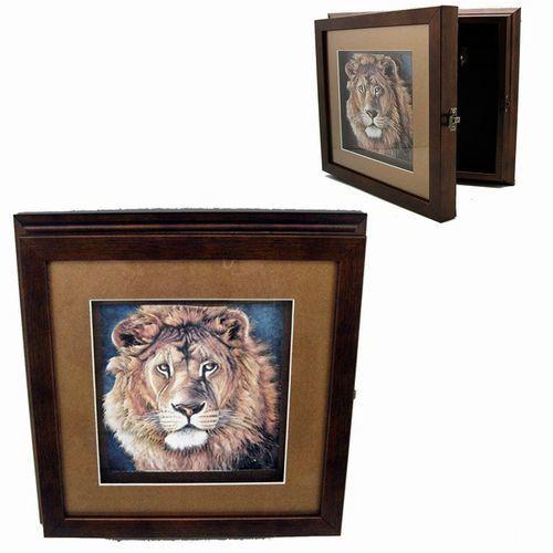 Ключница настенная с объемным изображением Лев