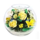 Композиция из живых желтых роз и орхидей