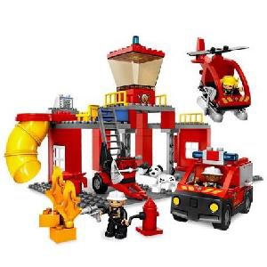 Конструктор Lego Duplo «Пожарная станция»