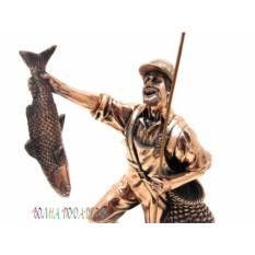 Статуэтка «Рыбак с уловом» , высота 27 см