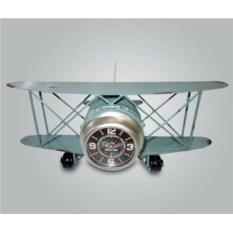 Настольные часы в виде самолета