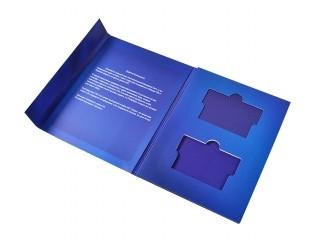 Подарочная упаковка на магните для флешки и карты