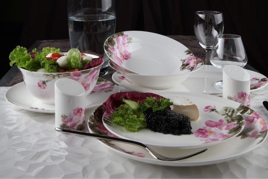 Фарфоровый столовый сервиз на 27 предметов Дикая роза