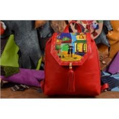 Красный кожаный рюкзак с принтом Ночь в красочном городе