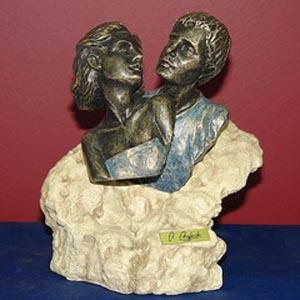 Скульптура «Первая любовь»