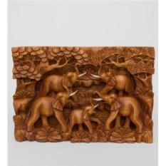 Резное панно Пять слонов - символ мудрости
