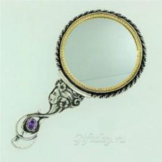 Зеркало в серебряной оправе Красавица