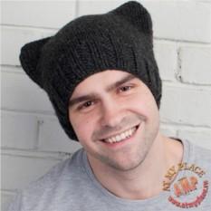 Темно-серая шапка с кошачьими ушками
