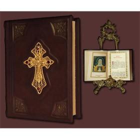 Молитвослов c крестом, филигранью (золото) и гранатами