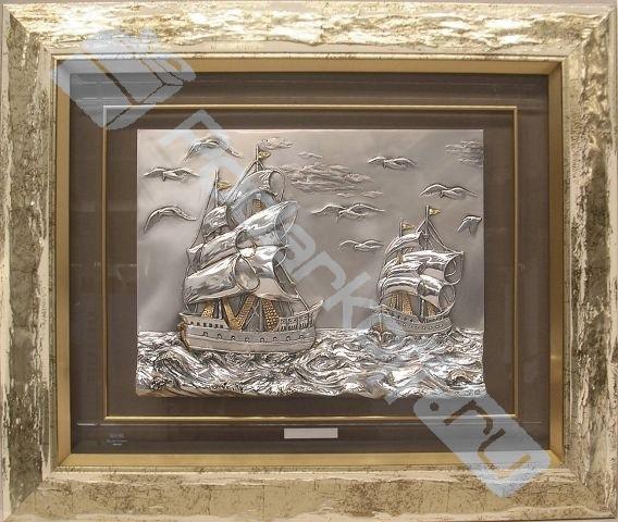 Картина «Два фрегата» на стекле с позолотой