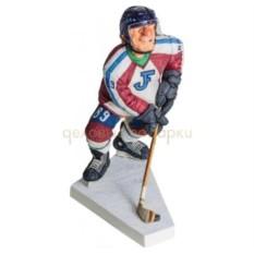 Скульптура Хоккеист
