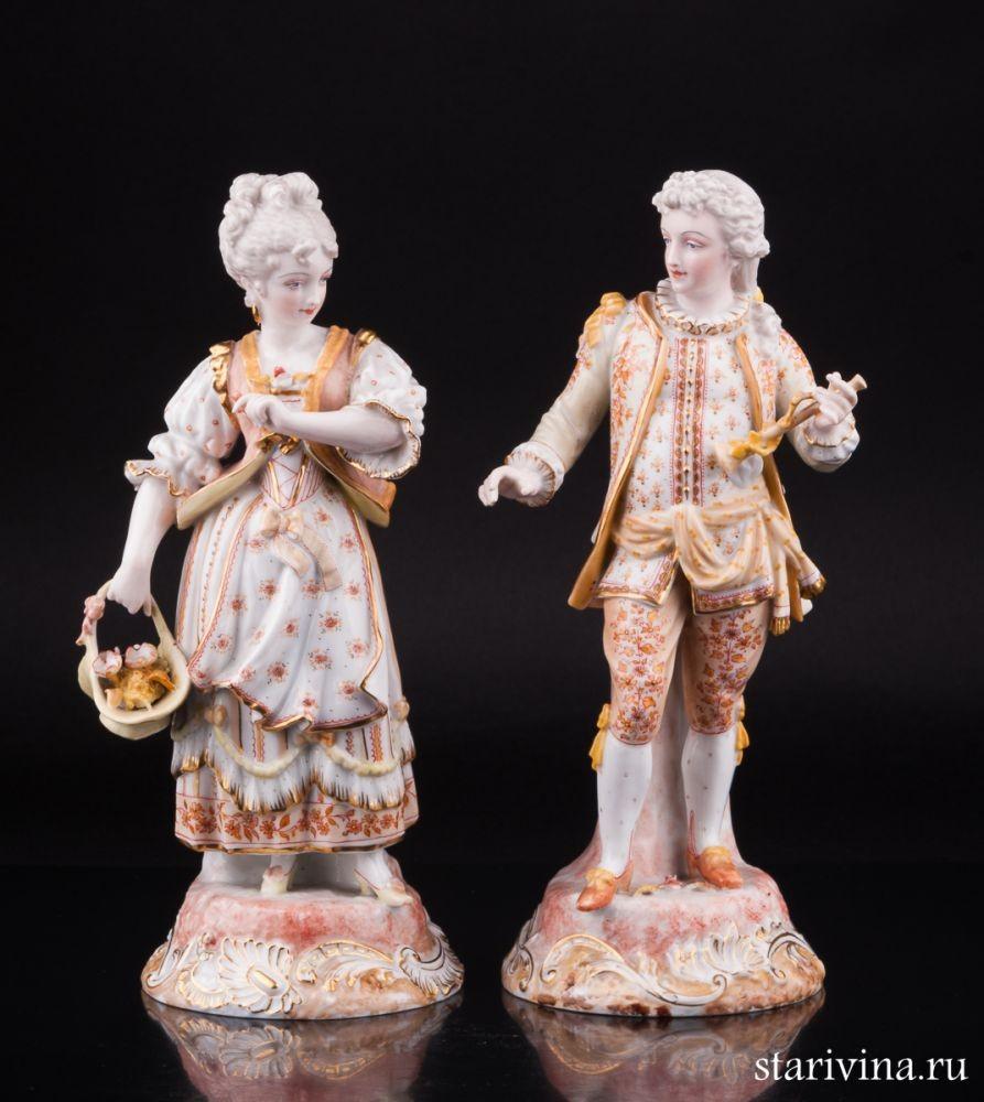 Парные фарфоровые статуэтки Пара с флейтой и корзинкой
