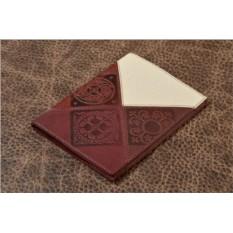 Обложка для паспорта из кожи (бордовый, молочный)