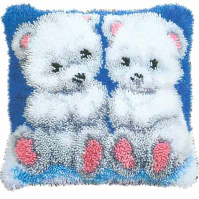 Набор для вышивания. Подушка Белые медвежата, 40 х 40 см, арт. 2560/3562