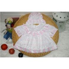 Платье и чепчик для крещения малыша