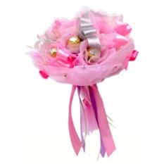 Розовый букет из конфет Очарование