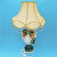 Керамическая настольная лампа с абажуром