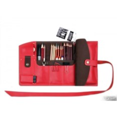 Красный кожаный пенал Artskill Pro