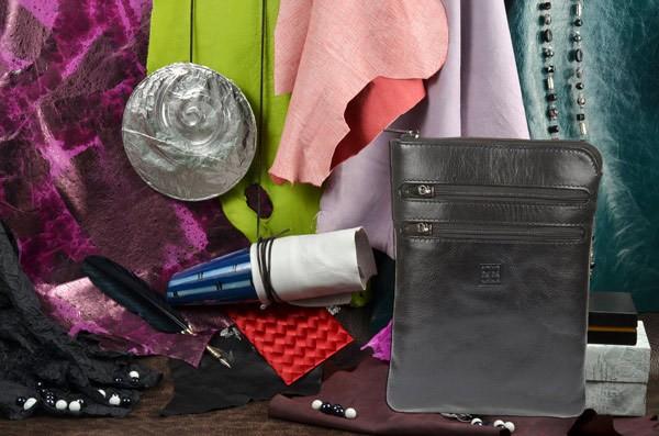 Черная кожаная сумка-планшет Sergio Belotti