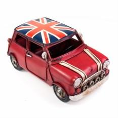 Ретро-модель Красный автомобиль с британским флагом