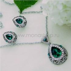 Комплект с зелеными кристаллами Сваровски Восточная сказка