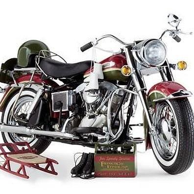 Christmas Harley-Davidson® Electra Glide® - 2010 LE