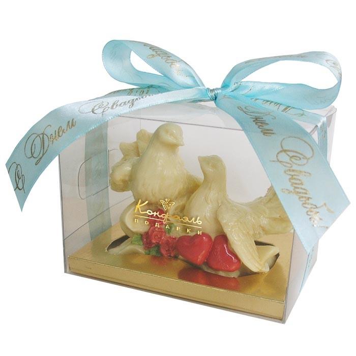 Шоколадная скульпура «Голуби»